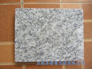 白麻花岗岩